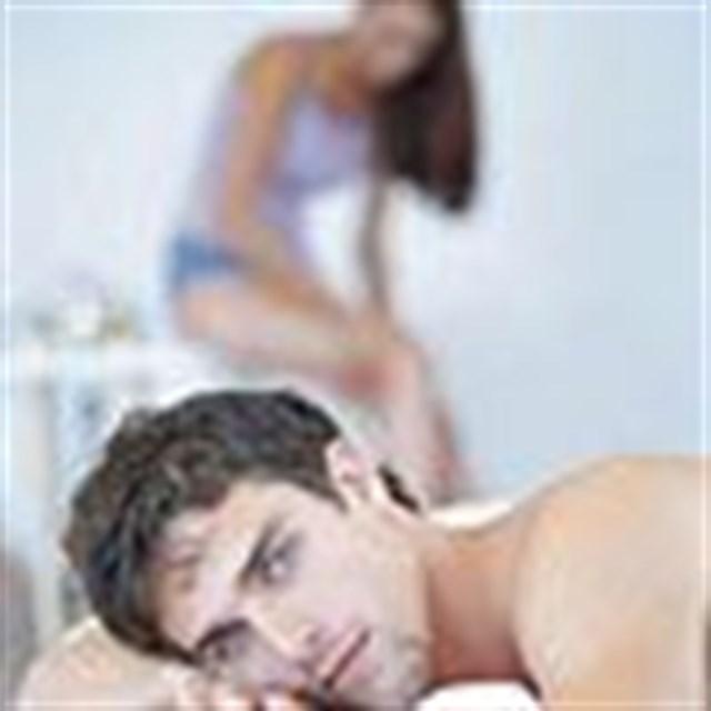 Erkekler de yatakta rol yapar